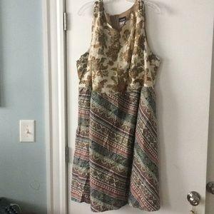 Contrast paisley dress, size 4x